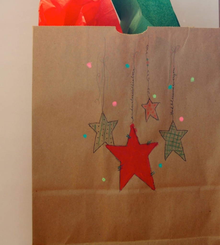 DIY Christmas Wrap Dangles